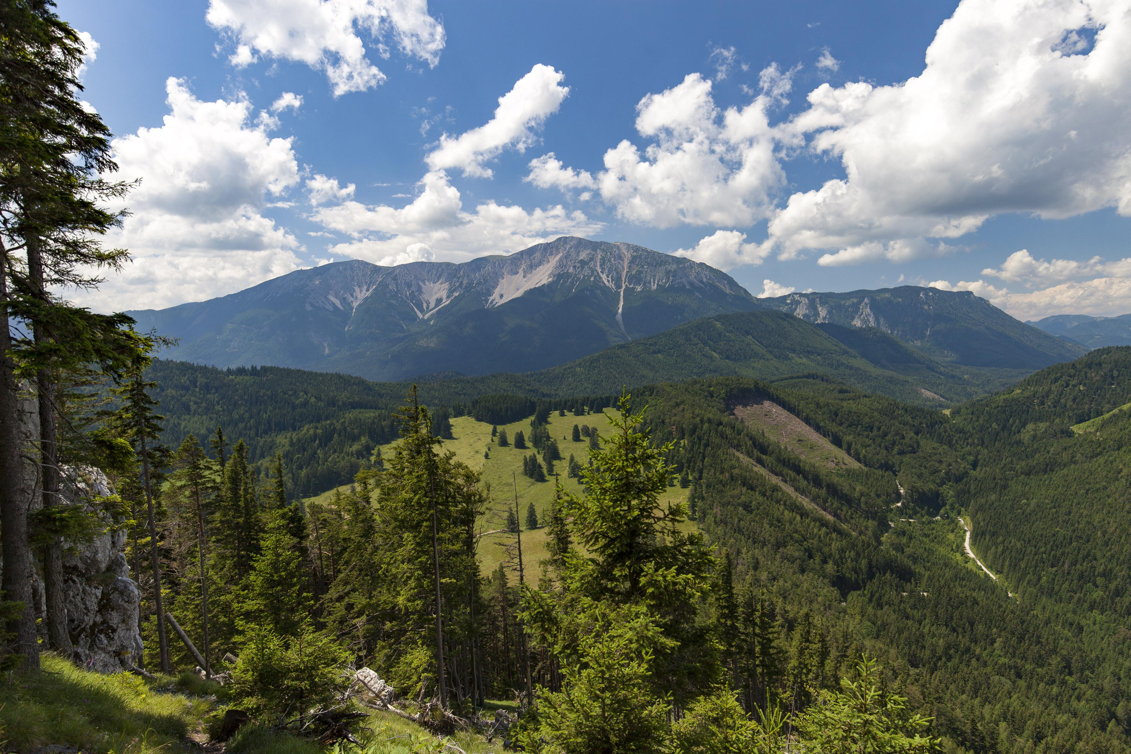 Blick vom Schober zum Schneeberg,©Markus Proske—Canon EOS 5D Mark II, EF16-35mm f/4L IS USM, 20mm, 1/200s, Blende 6.3, ISO 100