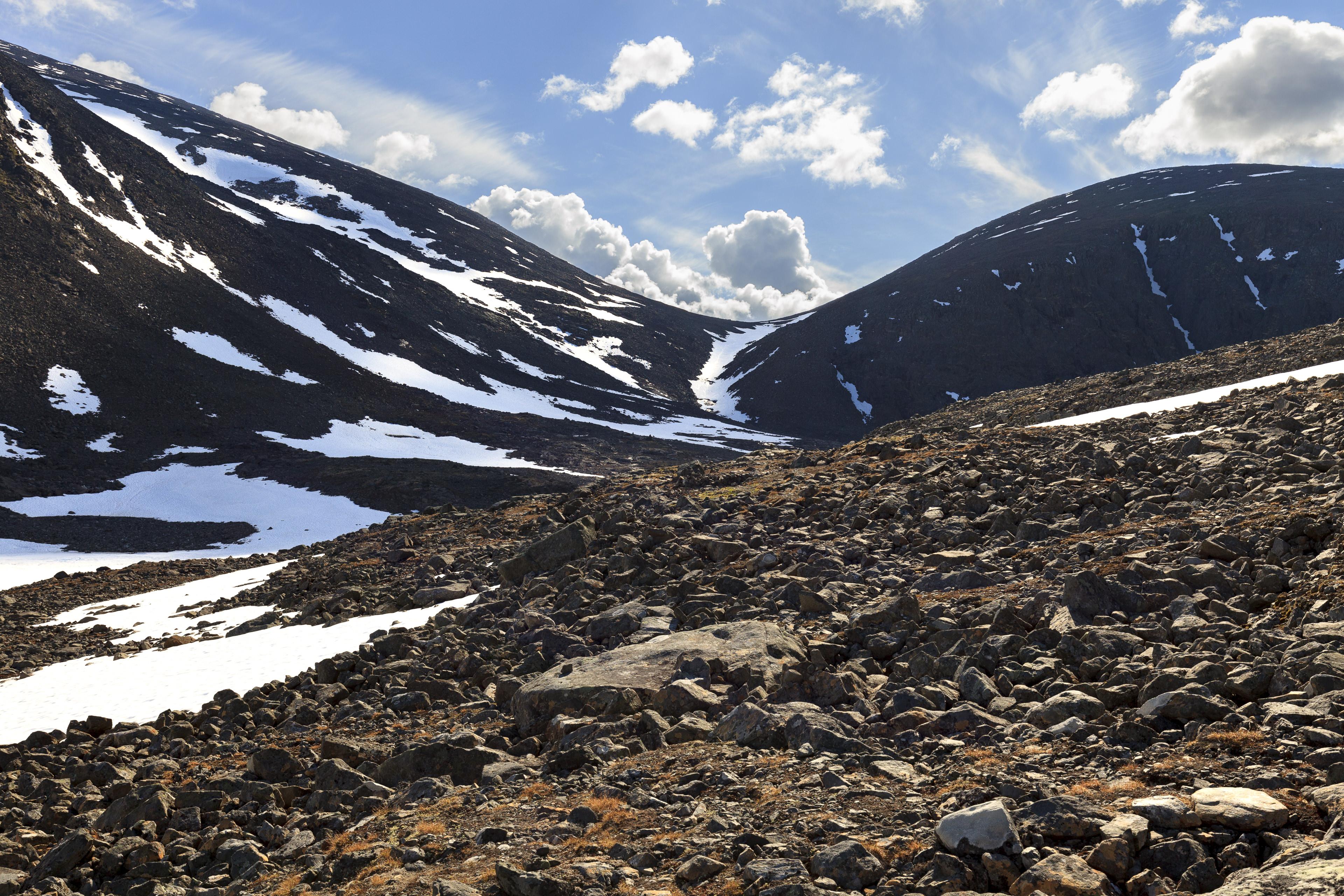 Aufstieg durch das Seitental des Sinnivággi,©Markus Proske—Canon EOS 5D Mark II, EF16-35mm f/4L IS USM, 35mm, 1/200s, Blende 8, ISO 200