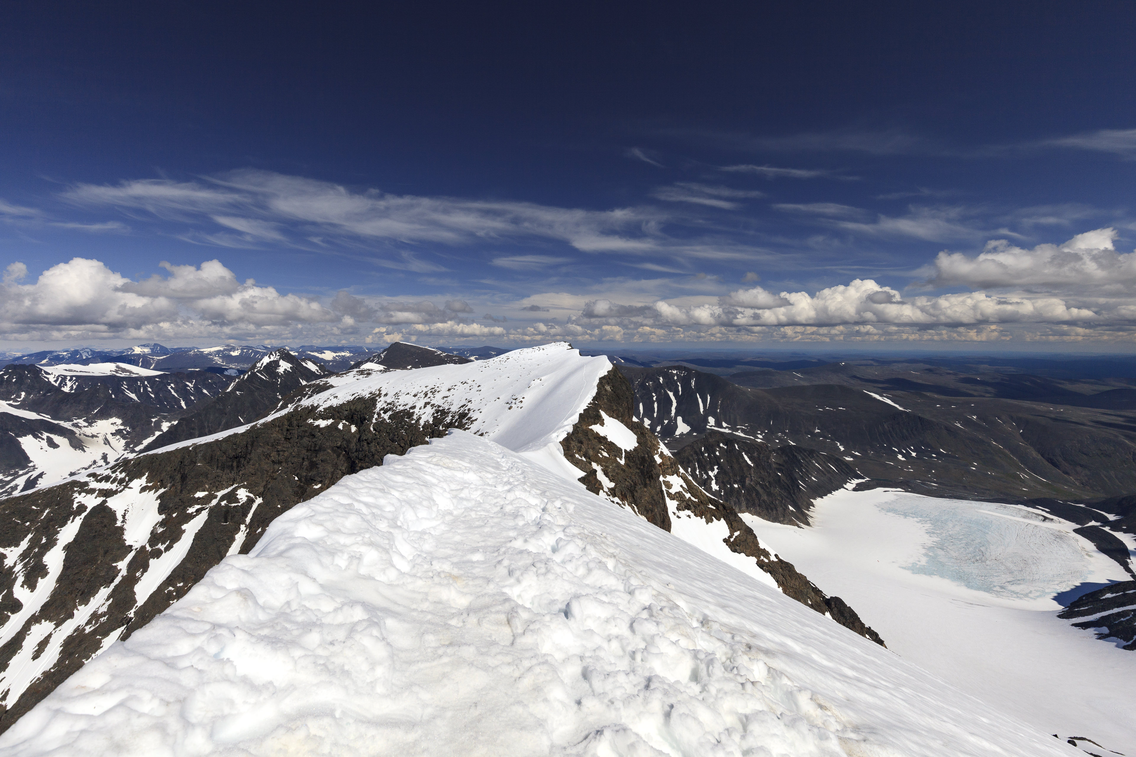 Kebnekaise Sydtoppen (2102m)