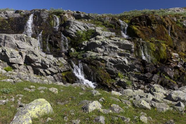 Abstieg begleitet von plätscherndem Wasser,©Markus Proske—Canon EOS 5D Mark II, EF16-35mm f/4L IS USM, 35mm, 1/160s, Blende 11, ISO 200
