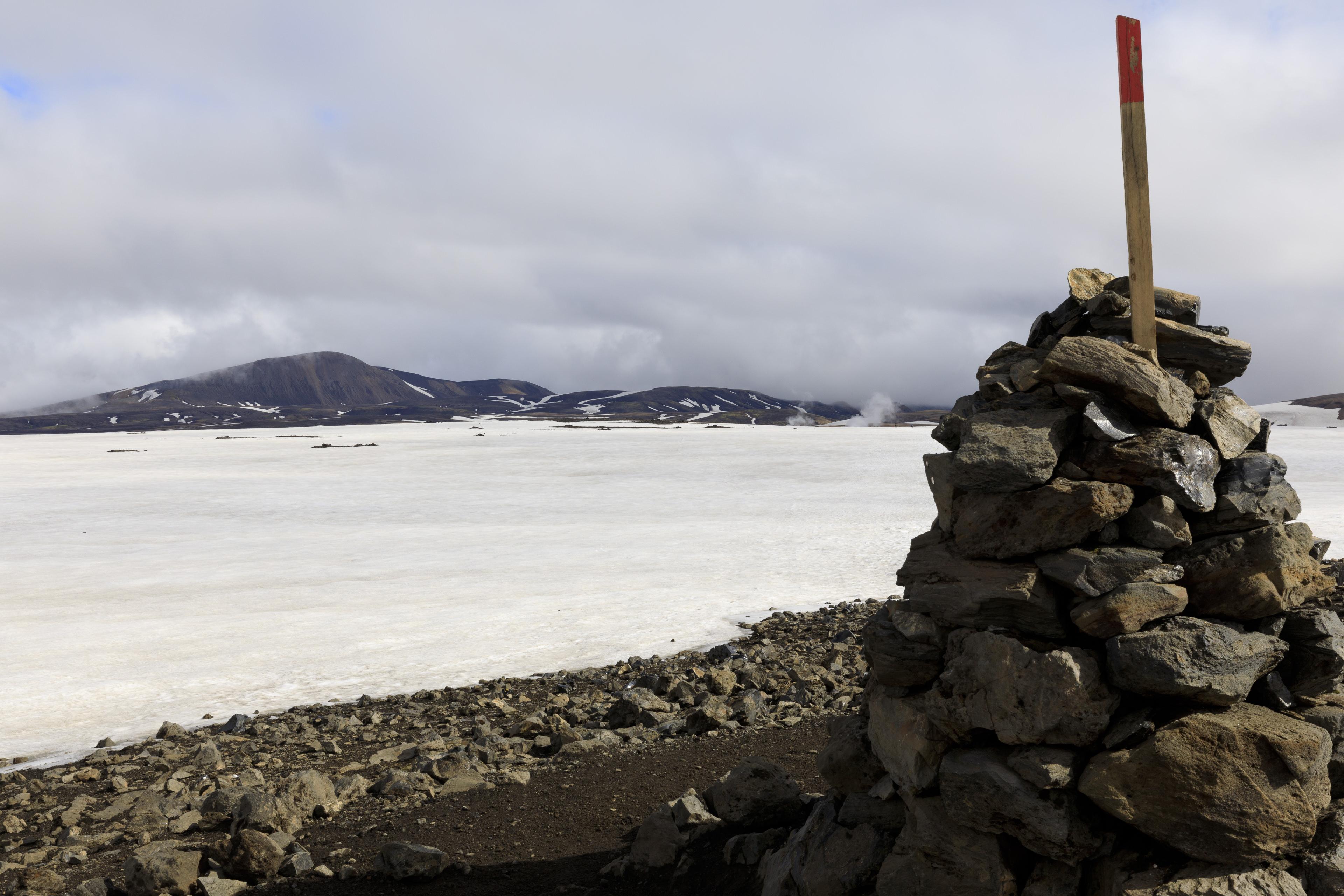 In der Ferne das Geothermalgebiet Stórihver,©Markus Proske—Canon EOS 5D Mark IV, EF16-35mm f/4L IS USM, 35mm, 1/320s, Blende 14, ISO 200