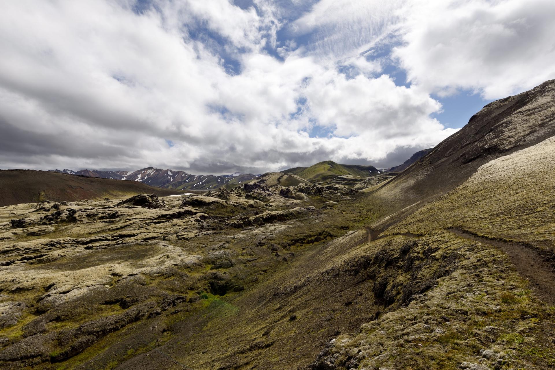 Lavafeld Norðurnámshraun (mit Schlackenkegel Stútur im Hintergrund)