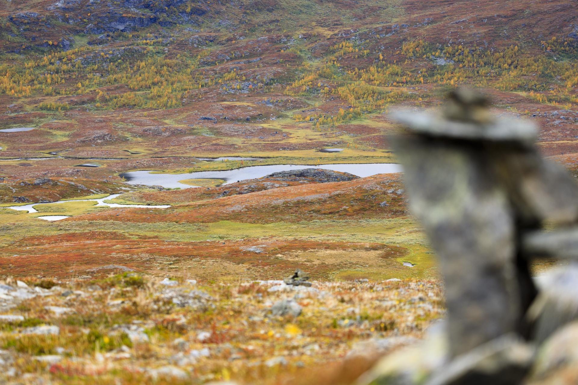 Steinmännchen hoch ober dem Abiskodalen