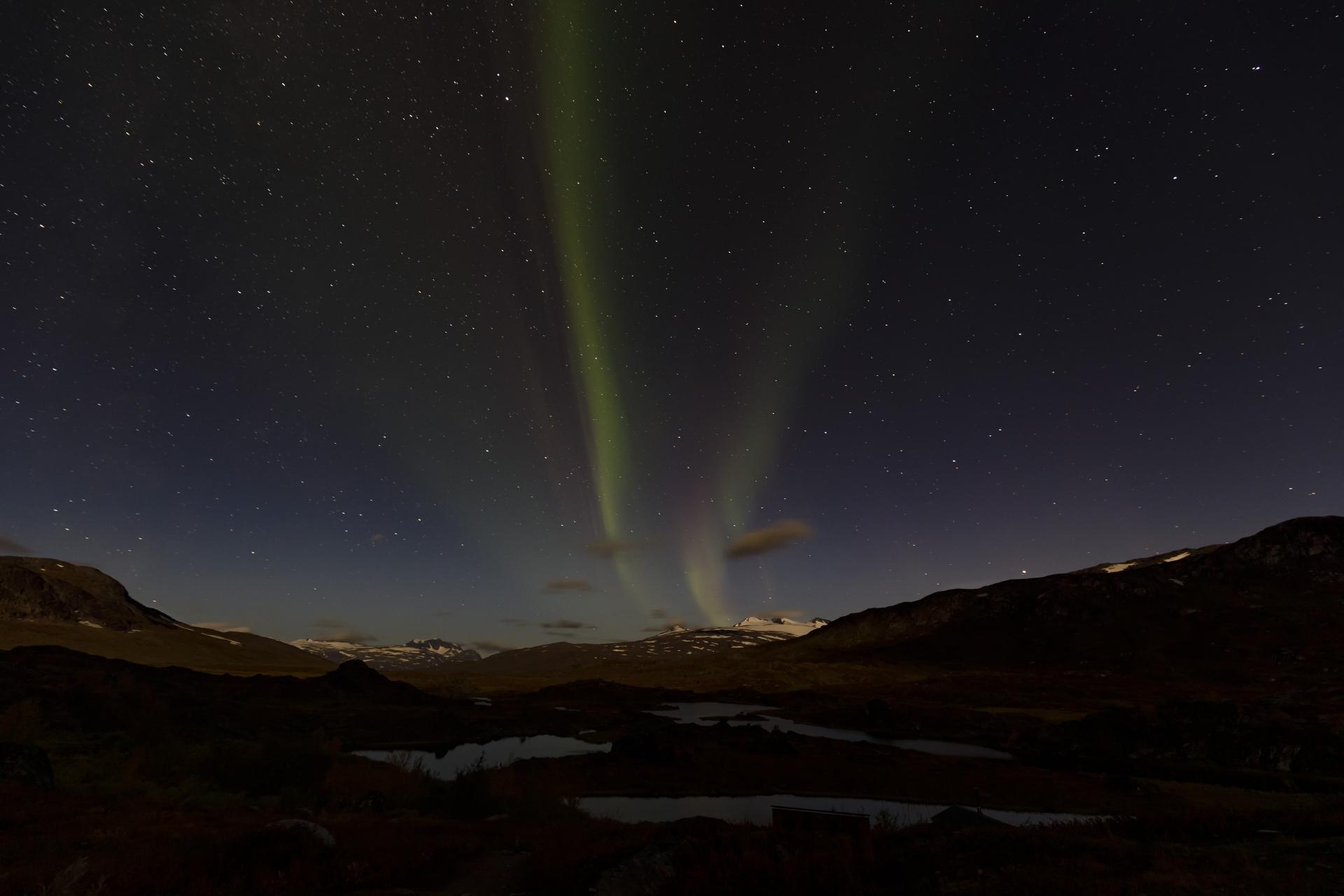Aurora borealis über dem Storsteinsfjellet